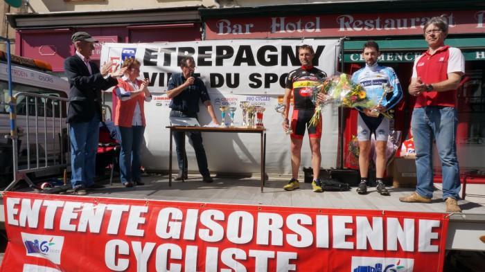 podium-velo-etrepagny