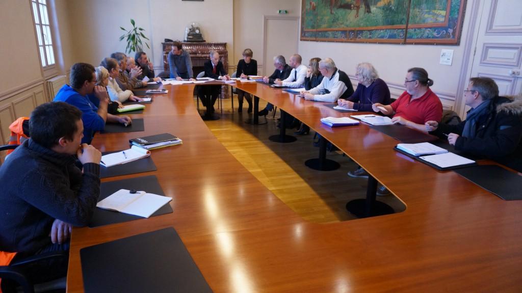 enfouissement reseaux - etrepagny -2016 - reunion mairie