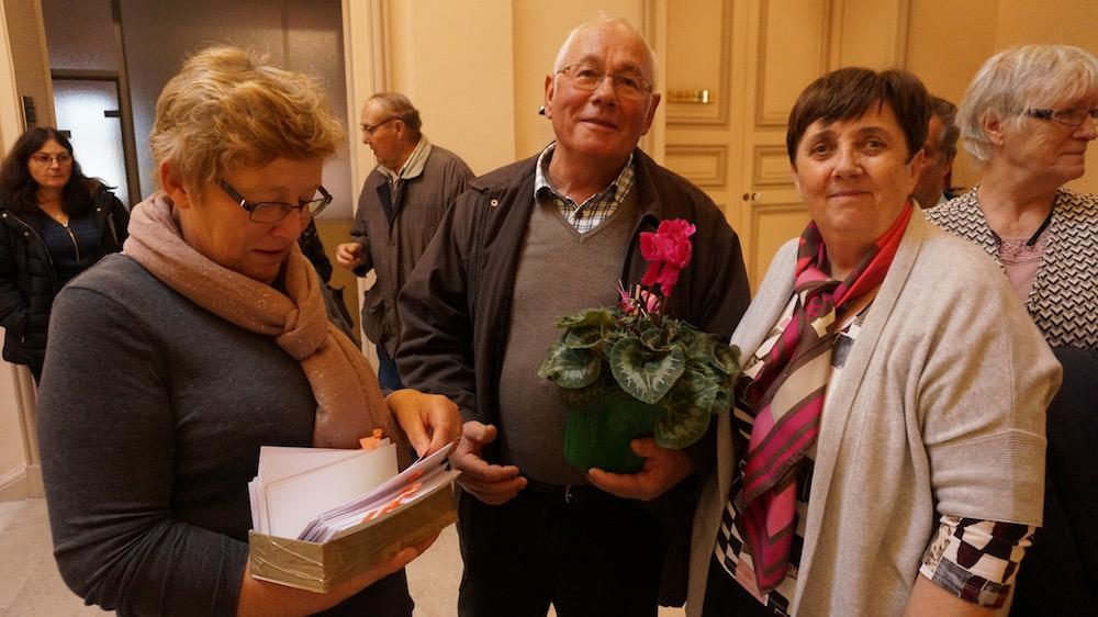 remise_barquette_fleurs_etrepagny
