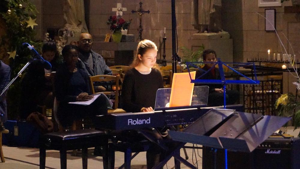 6-concert noel 2016-etrepagny-piano