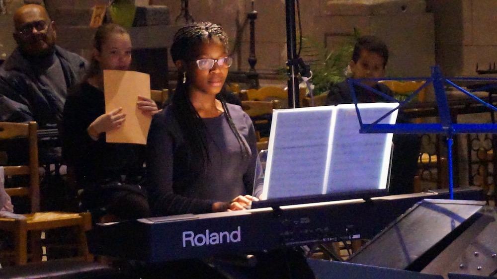7-concert noel 2016-etrepagny-piano