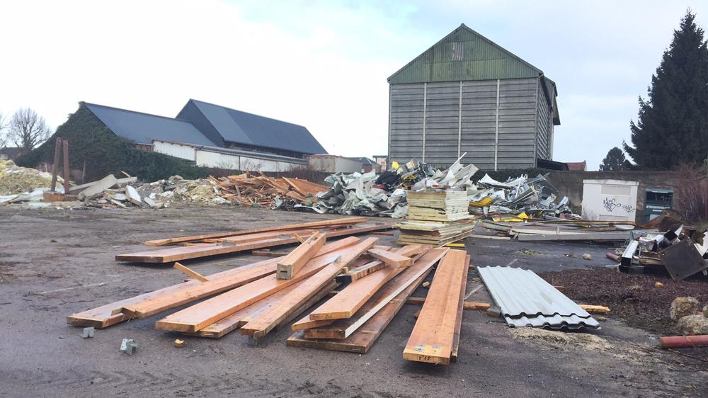 02-demolition_ancien-site-champion_etrepagny