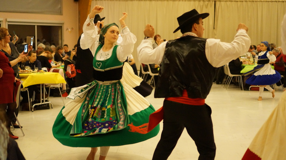 04-danse portugaise-etrepagny