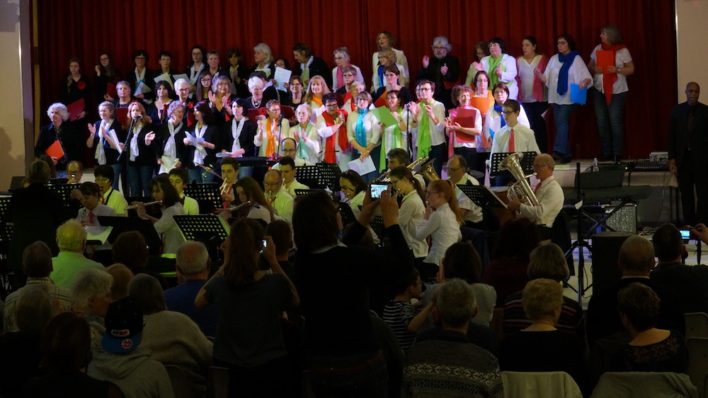 7_12emes mosaicales etrepagny_Avril 2018_harmonie municipales_chorales