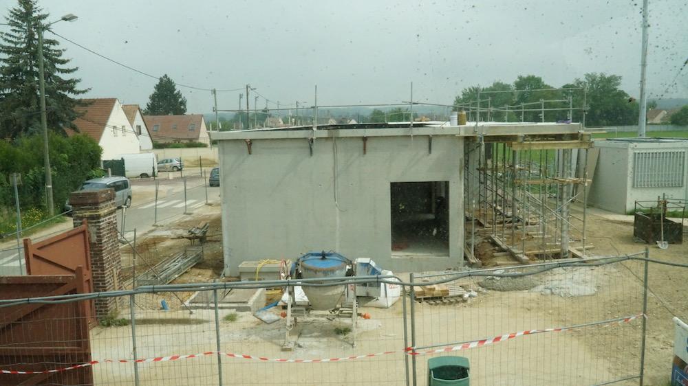 travaux vestiaires stade de foot_etrepagny_30 mai 2018