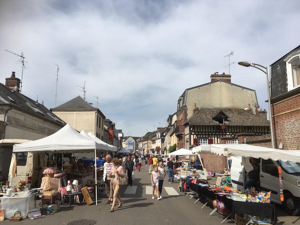 brocante automne union commerciale etrepagny - dimanche 16 septembre 2018 - 5
