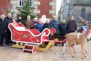 Étrépagny – Fabrication du traîneau du Père Noël