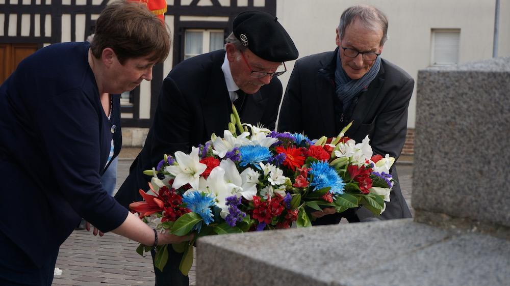commemoration appel 18 juin _ etrepagny
