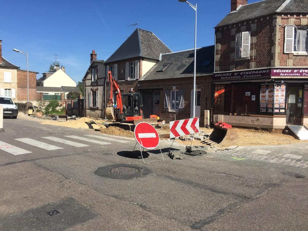 travaux-centre-ville-etrepagny-4