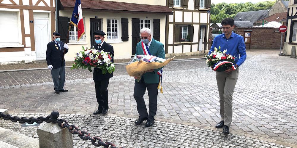 commemoration-appel-du-18-juin-etrepagny_frederic-cailliet_1