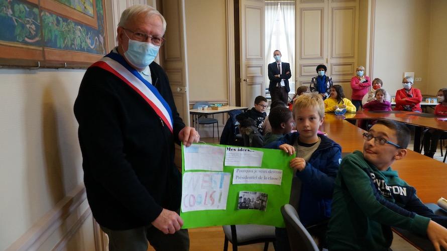 jeunesse-citoyennete-etrepagny-mairie-octobre-2020-3