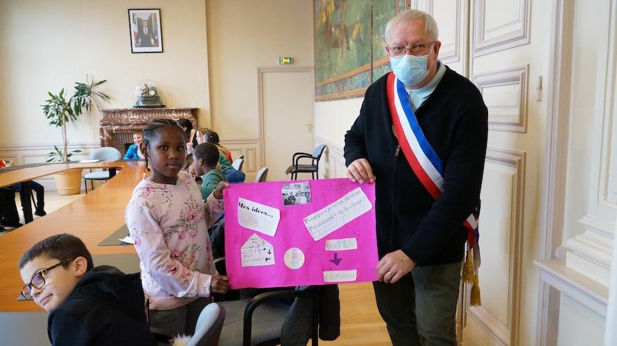 jeunesse-citoyennete-etrepagny-mairie-octobre-2020-4
