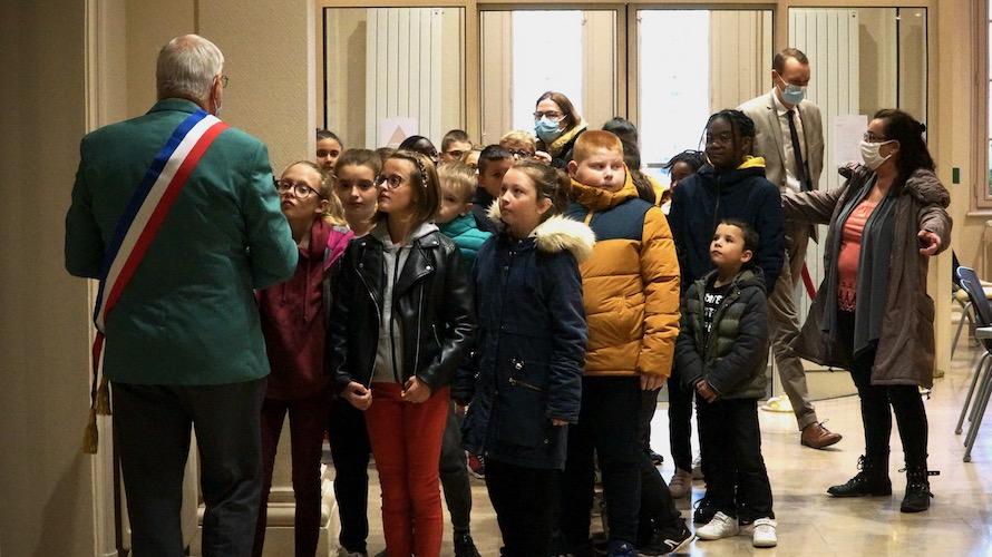 jeunesse_citoyennete_etrepagny_ecoles-1